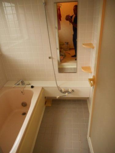 写真:バスルーム清掃後